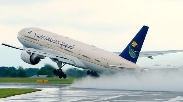 صورة السعودية تسمح لجميع الجنسيات السفر إلى بلادهم