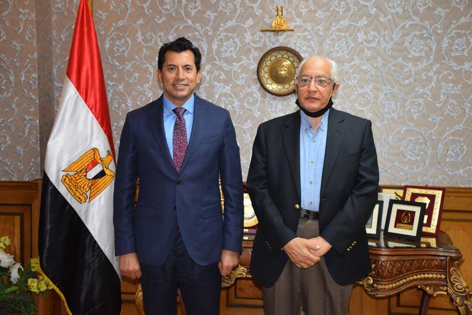 Photo of وزير الشباب والرياضة يستقبل على الدين هلال بمقر الوزارة