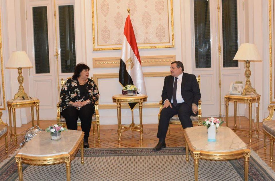 صورة وزيرا الثقافة والإعلام يلتقيان لبحث مسارات التعاون بين الوزارتين