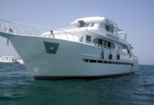 صورة عودة الرحلات البحرية بالمراكب واليخوت السياحية بشروط احترازية