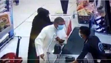 صورة القصة الكاملة للاعتداء على مواطن مصري بــ الكويت