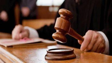 صورة محاكمة أب بسبب جريمة فعلها في بناته